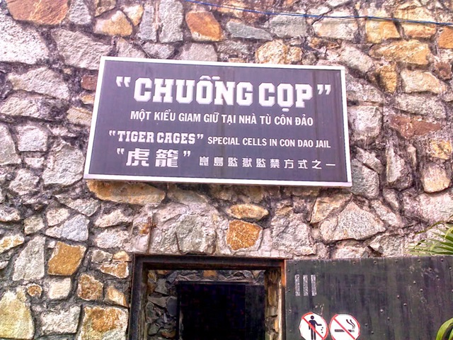 Chuong Cop ( Tiger Cages )