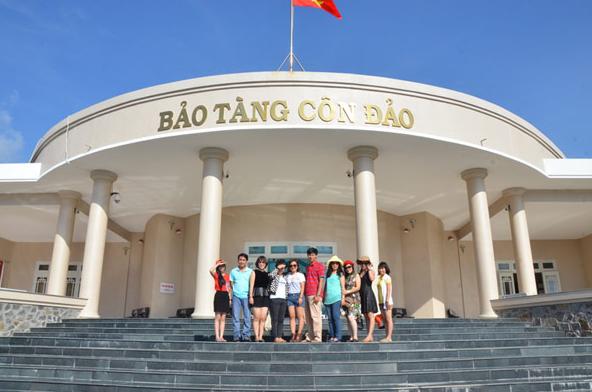 Con Dao Museum
