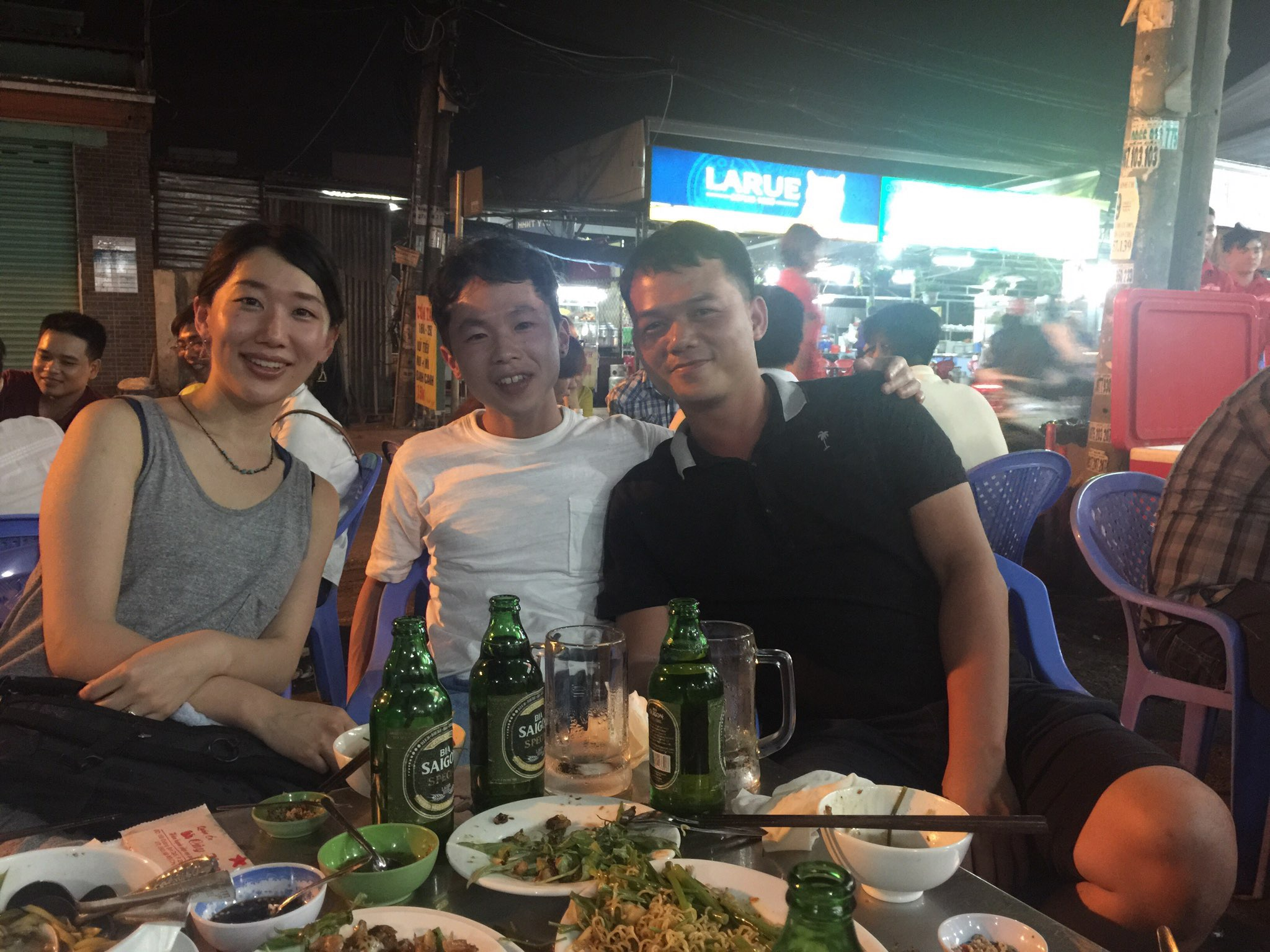 Enjoy street foods with Juki san and his wife.